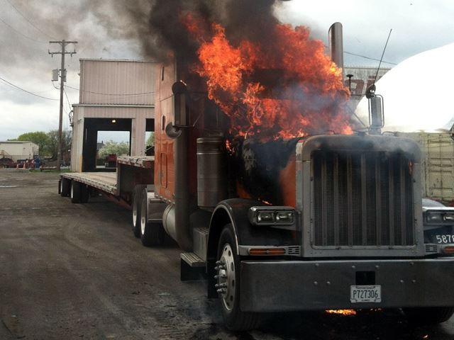 Огненный полет многотонного грузовика
