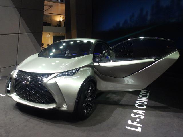 Концепт Lexus LF-SA выглядит лучше в металле