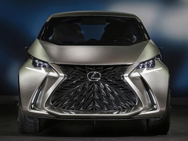 Вам нравится новый дизайн Lexus'а?