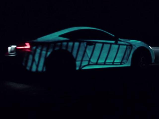 Lexus RC F демонстрирует как бьется сердце водителя