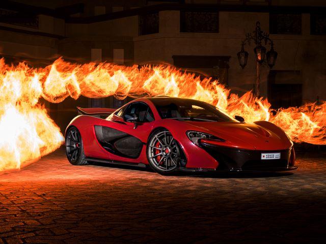 Что такого особенного в этом ярко-красном McLaren P1?
