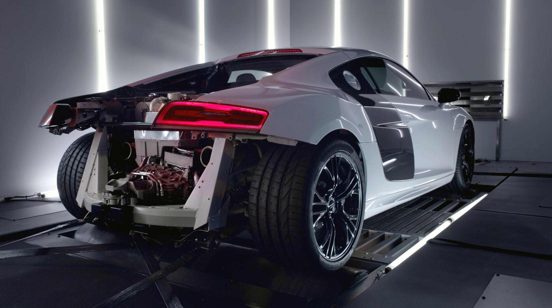Audi выпустил видео нового R8 V10 Plus Supercar