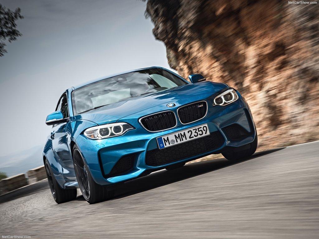 BMW, наконец, представил M2. Так что же делает 370 л.с. купе таким особенным?