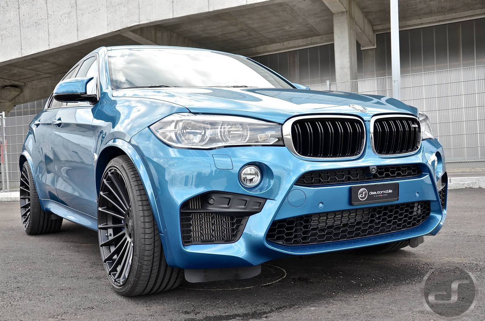 Синий Hamann BMW X6 M от DS Automobile