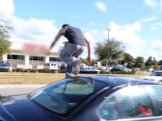 Carkour: сомнительное искусство прыжков по автомобилям