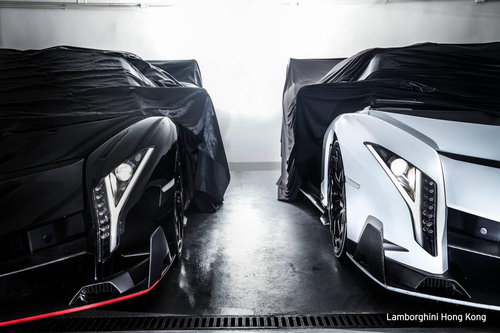 Два новых родстера Lamborghini Veneno доставлены в Гонконг