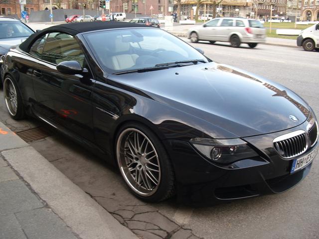Осторожнее паркуйте BMW M6