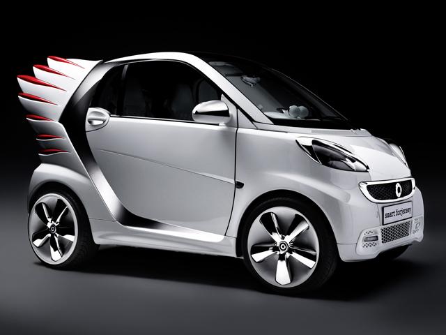 Джереми Скотт сделал из Smart настоящий Art Car