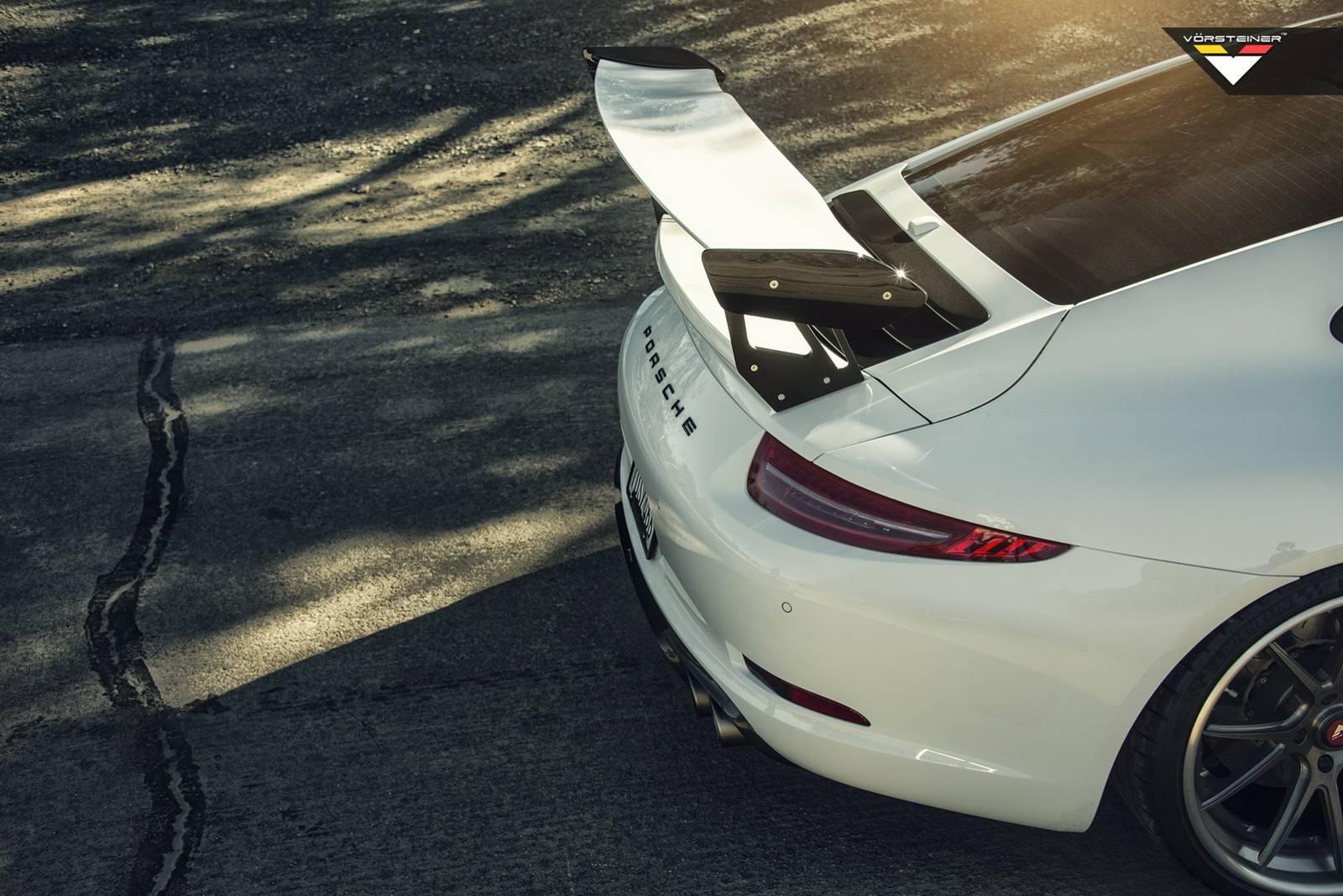 Vorsteiner запускает регулируемое заднее антикрыло V-GTX для Porsche 911