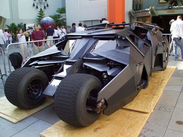 Эволюция Бэтмен-мобилей