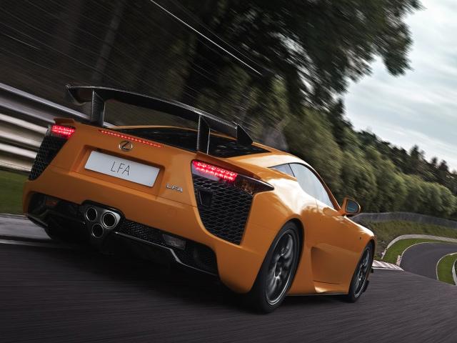 C 1 августа 2012 нас ждет новый сюрприз от Lexus LFA