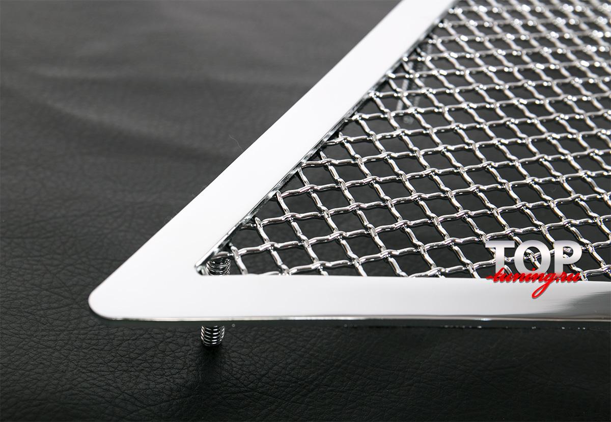 8136 Декоративная решетка Crystal на Lexus RX 3