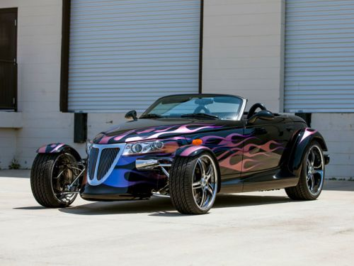Plymouth_Prowler_Customized_by_Titan_Motorsports