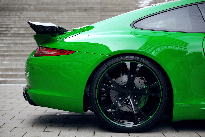 спортивный автомобиль зеленый porsche 911 carrera 4s  № 2596570  скачать