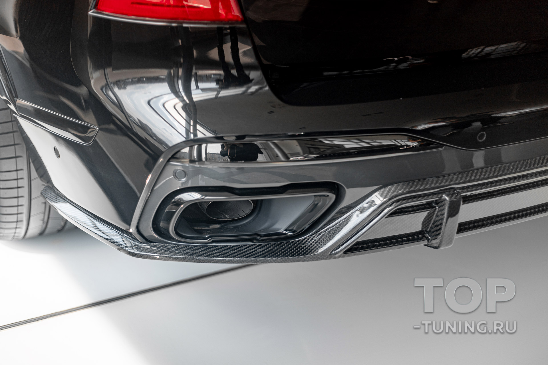 10211 Диффузор Renegade на задний бампер BMW X7 G07 2018+