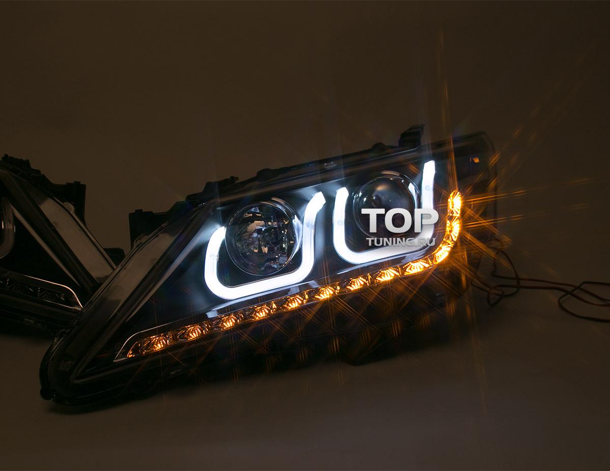 Передние фары - линзованные, с ангельскими глазками и светодиодными поворотниками - ТИП 2 - Тюнинг Тойтоа Камри V50. Модель TY1190 - Комплект (Левая / Правая).