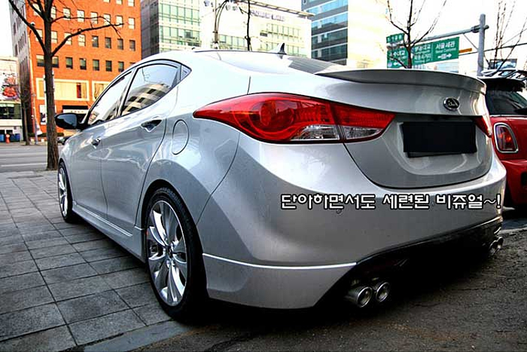 Лип спойлер на крышку багажника Superdrift на Hyundai
