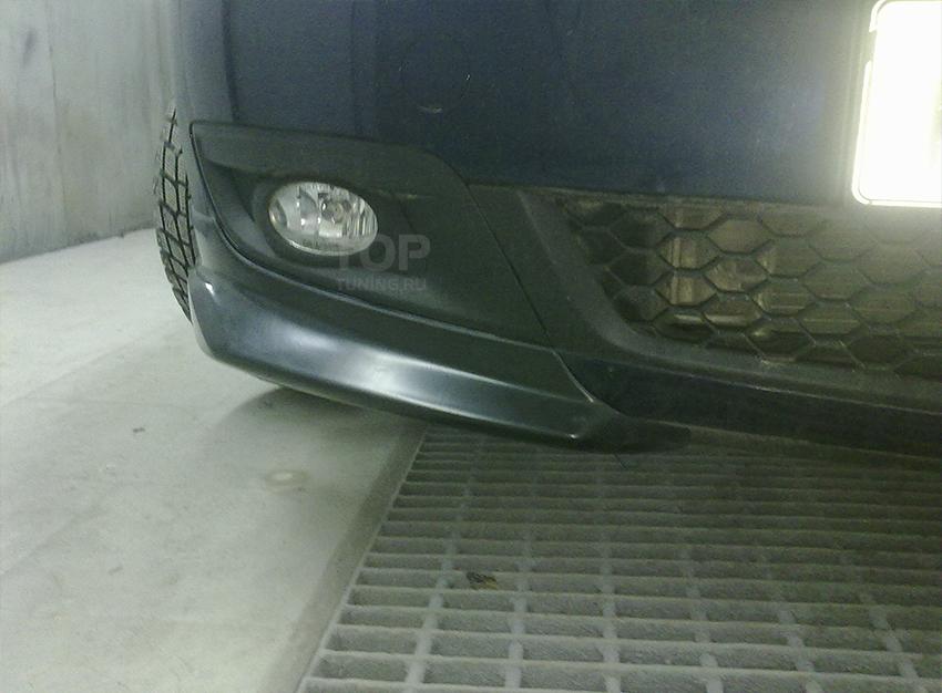 Тюнинг Мазда 3 БК (Хэтчбек версии Touring) - Клыки на передний бампер.