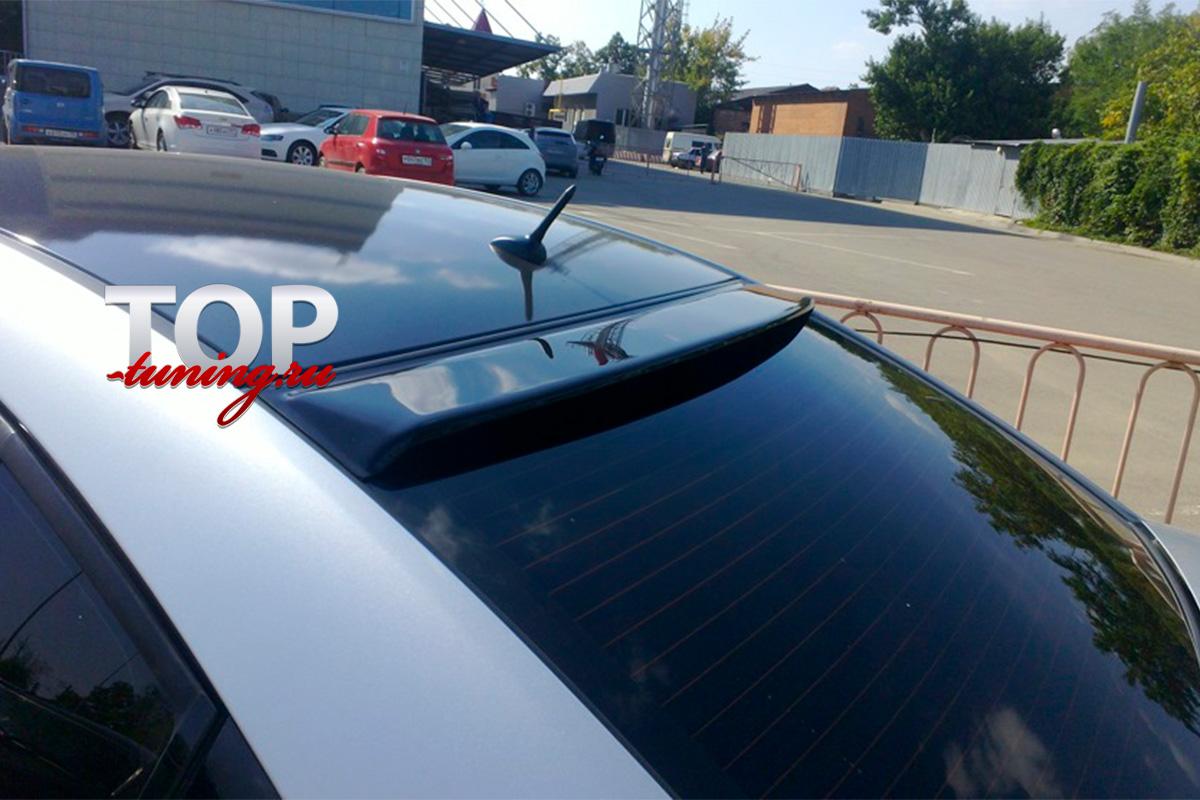 5808 Спойлер на заднее стекло ONIX на Chevrolet Cruze 2