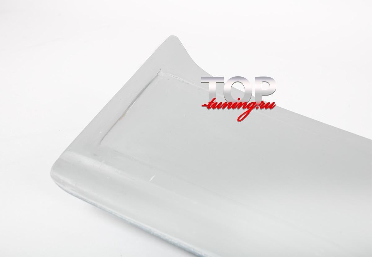 7995 Козырек на заднее стекло на Mitsubishi Galant 8