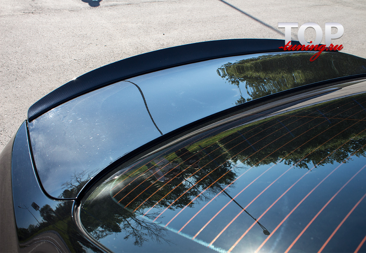 8212 Спойлер на крышку багажника Blade на BMW 5 F10