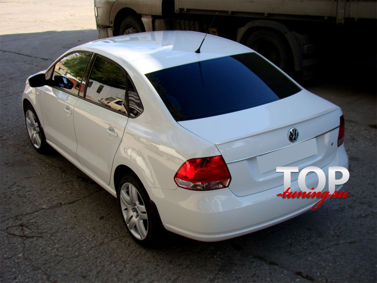 8435 Спойлер на крышку багажника Rieger на VW Polo 5