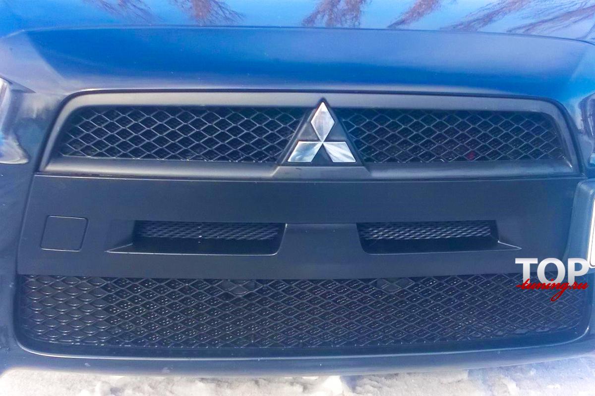 8725 Ноздри в стиле EVO (ДОРЕСТАЙЛИНГ) на Mitsubishi Lancer 10 (X)