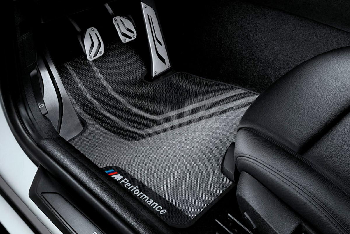 ОРИГИНАЛЬНЫЕ АКСЕССУАРЫ ДЛЯ САЛОНА BMW АВТОМОБИЛЬНЫЕ КОВРИКИ M PERFORMANCE ДЛЯ BMW X3 F25 / X4 F26 ПЕРЕДНИЕ КОВРИКИ / ЗАДНИЕ КОВРИКИ / КОМПЛЕКТ ИЗ 2 КОВРИКОВ