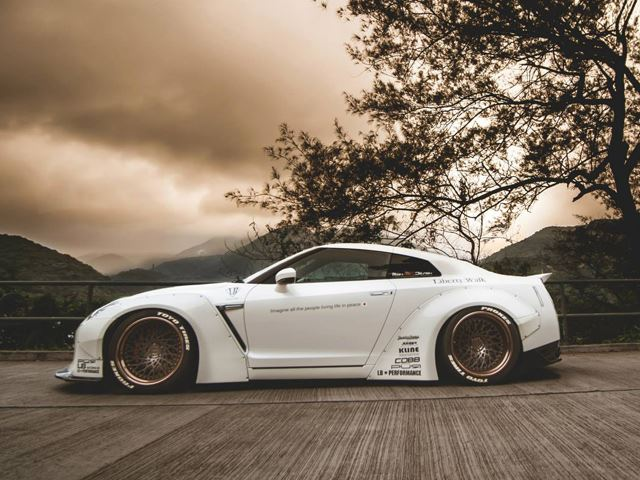 Первый Nissan GT-R Liberty Walk в Гонг-Конге