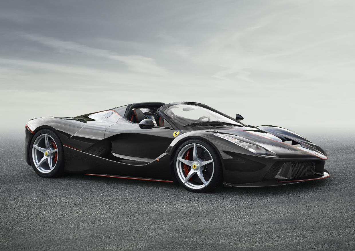 Ferrari показал LaFerrari Spider