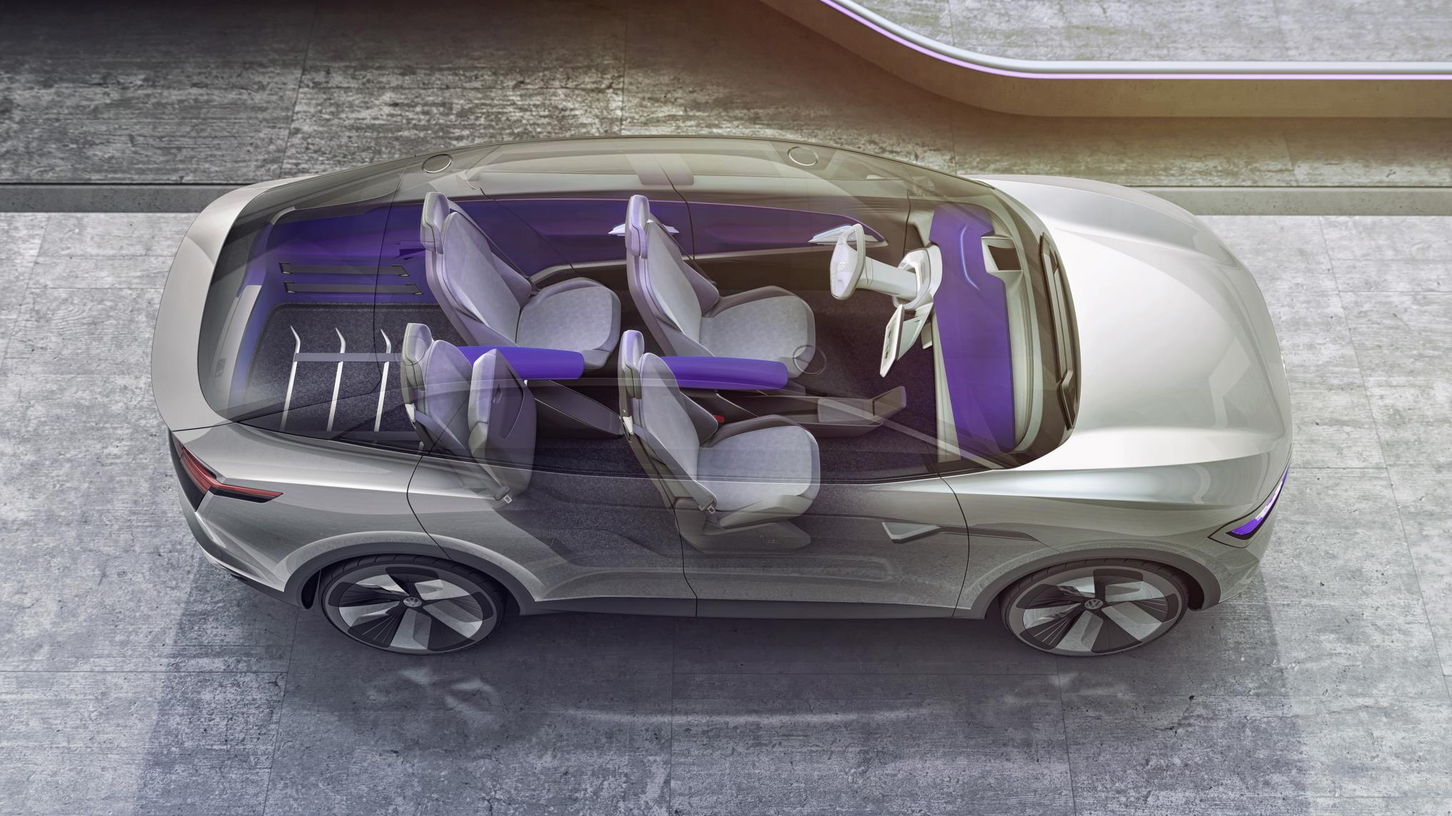 Благодаря этому остается много места для полной интеграции аккумулятора в пол автомобиля, что также имеет дополнительное преимущество: низкий центр тяжести и улучшенное управление.