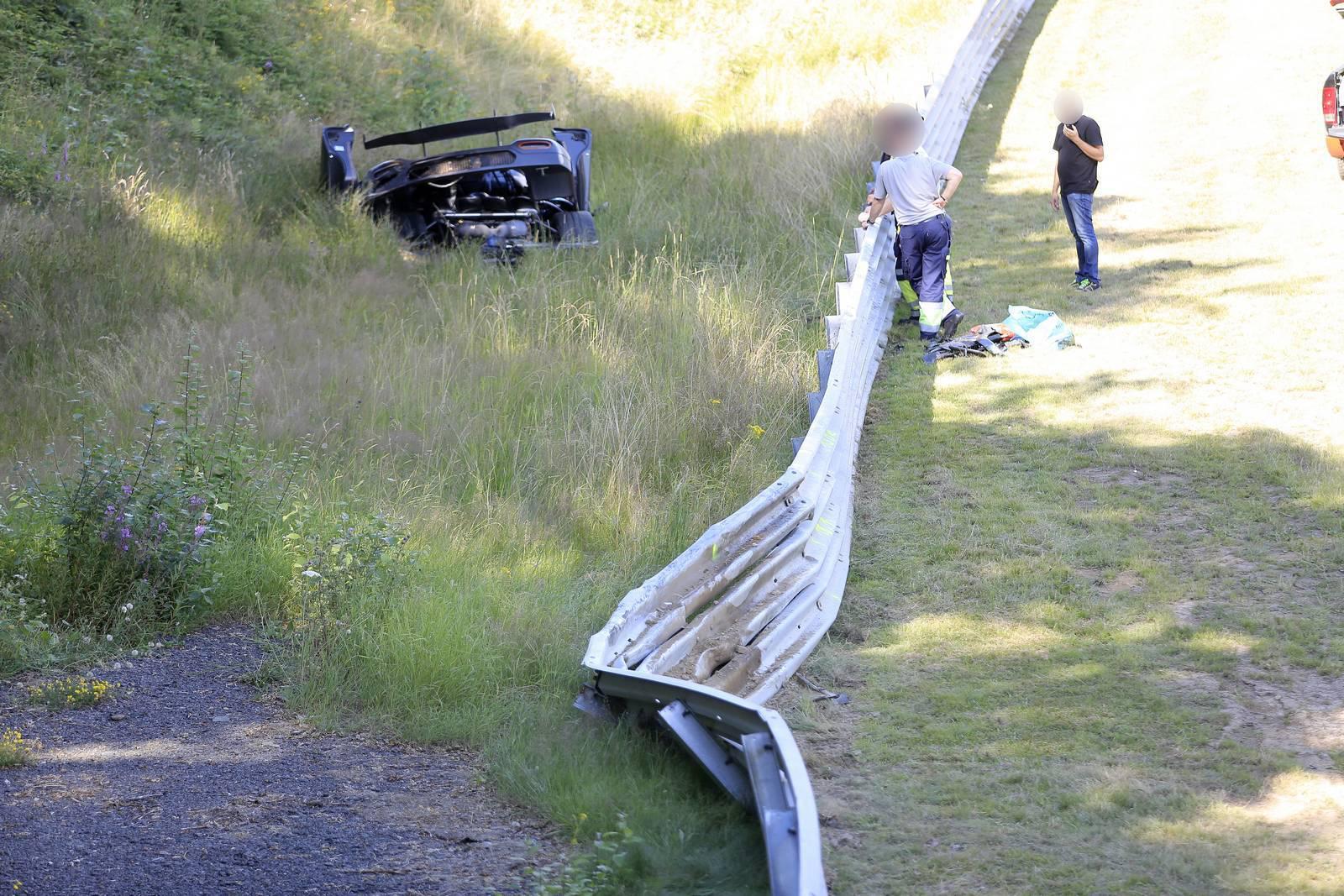 Вчера шведские СМИ рассказали об аварии с участием нового тестового автомобиля Koenigsegg.