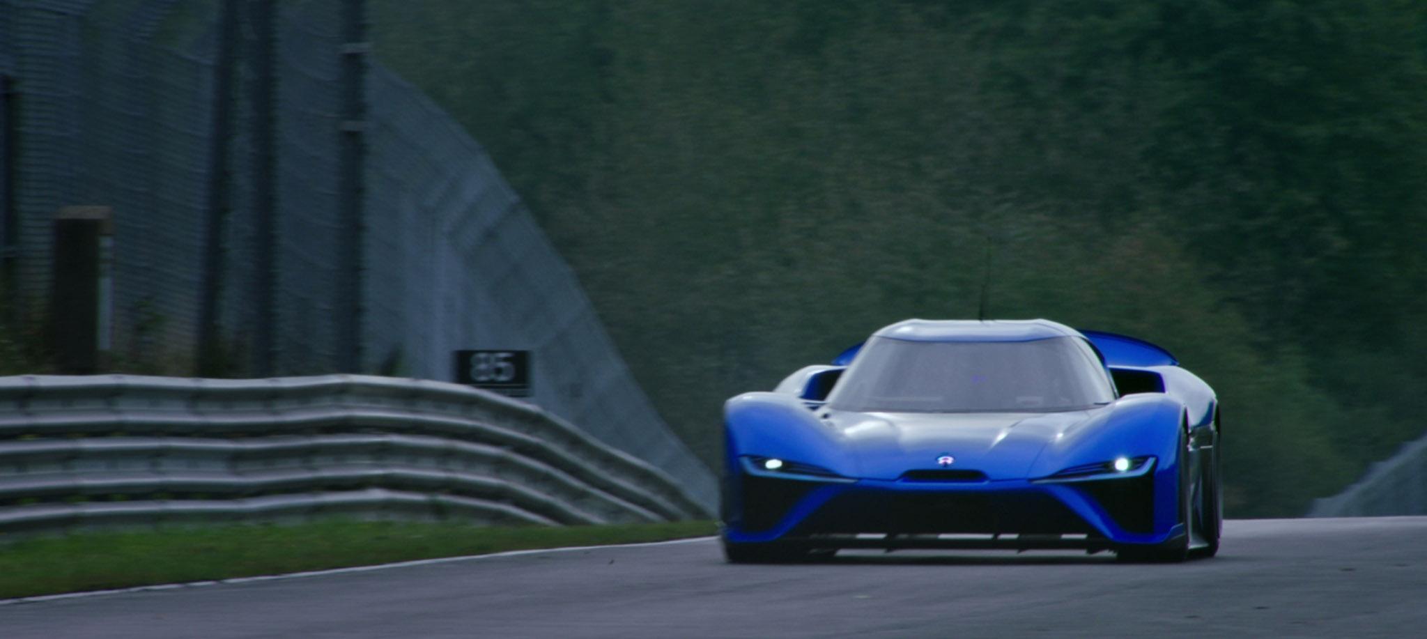 Электрический автомобиль NIO EP9 обладает полной мощностью в мегаватт, что эквивалентно 1,342 л.с., и максимальной скоростью 313 км/ч.