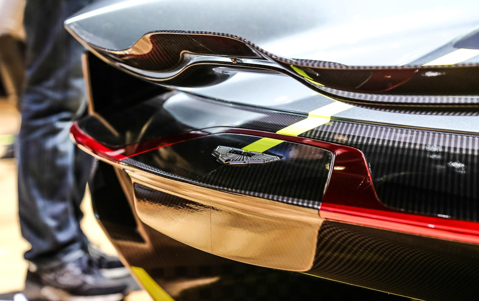 Британская инжиниринговая компания Ricardo была выбрана в качестве поставщика коробки передач для предстоящего гиперкара Aston Martin Valkyrie.