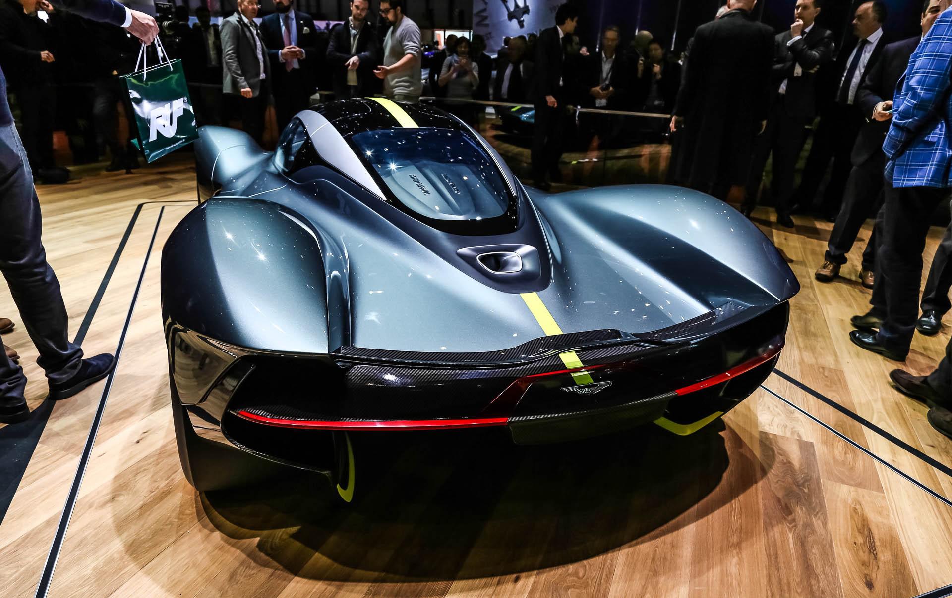 Он будет работать в паре с 7-ступенчатой автоматической коробкой передач, поставляемой Ricardo. У OEM большой опыт работы в автоспорте и в двигателях для дорожных машин McLaren.