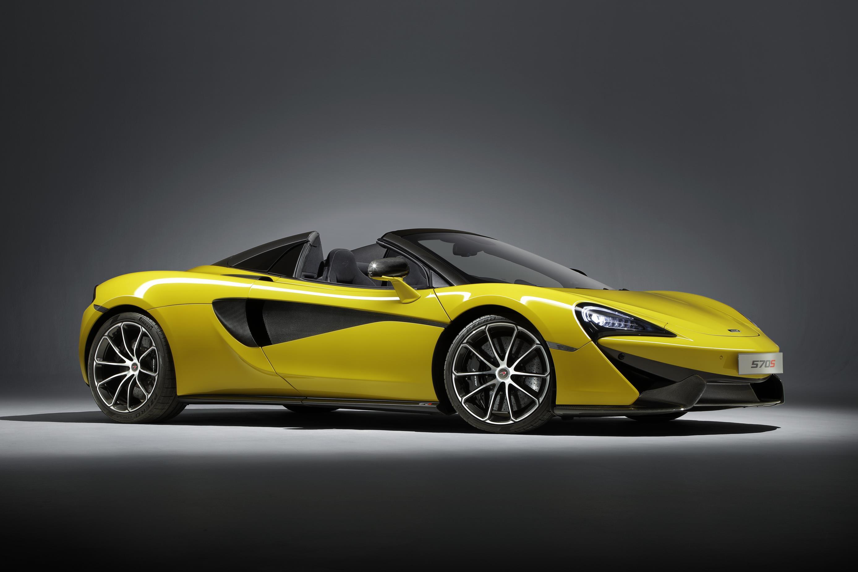 2018 McLaren 570S Spider официально анонсирован перед публичным дебютом 29 июня на Фестивале скорости в Гудвуде.