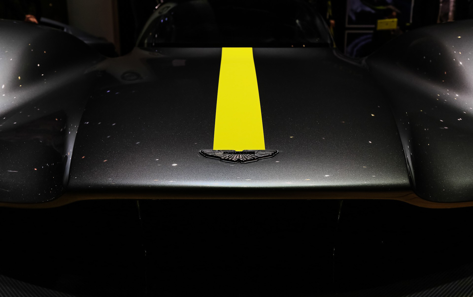 Будет построено 150 дорожных Aston Martin Valkyrie, включая все прототипы.