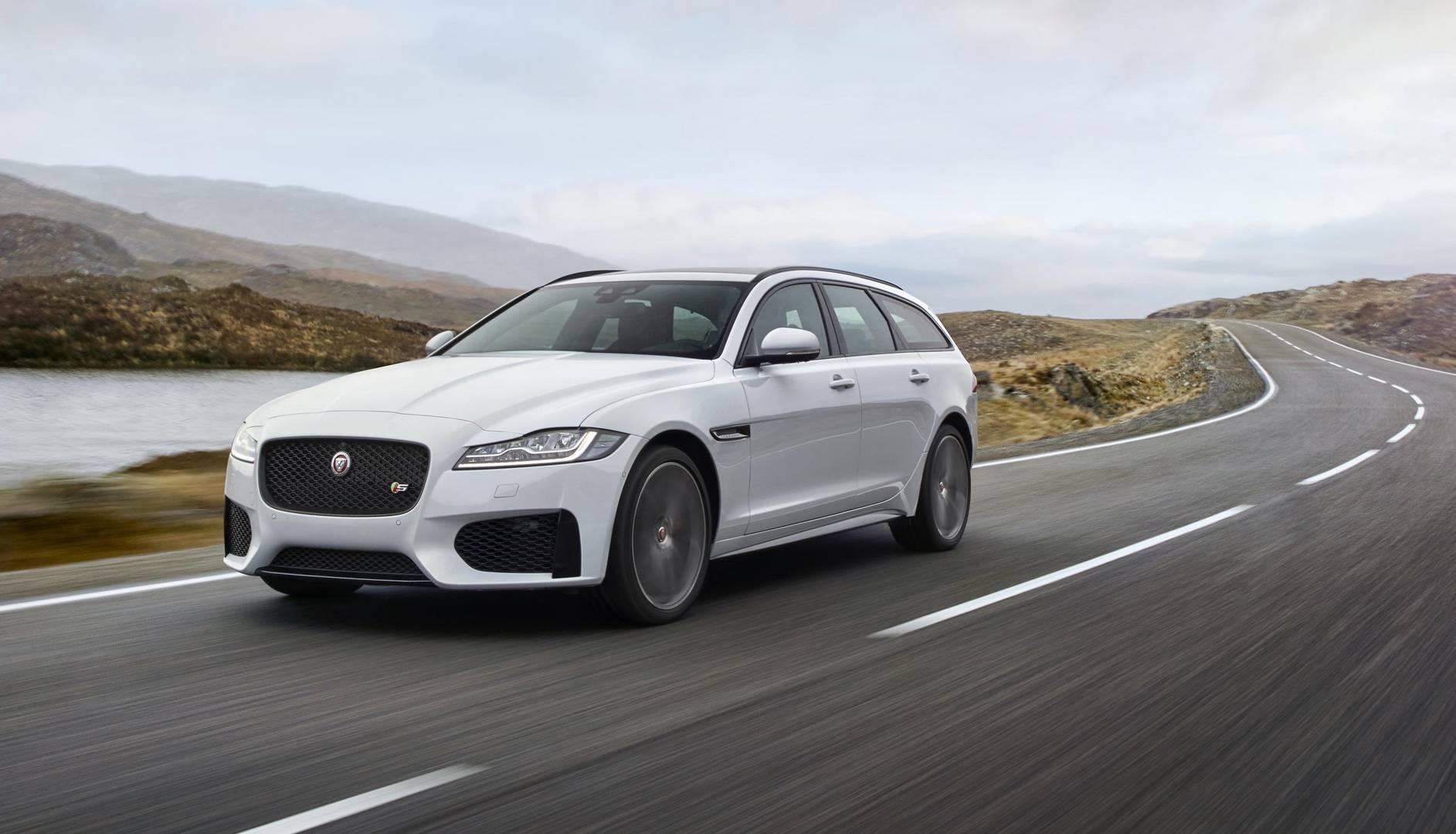 Цены на Jaguar XF Sportbrake в Великобритании начинаются от £34910.