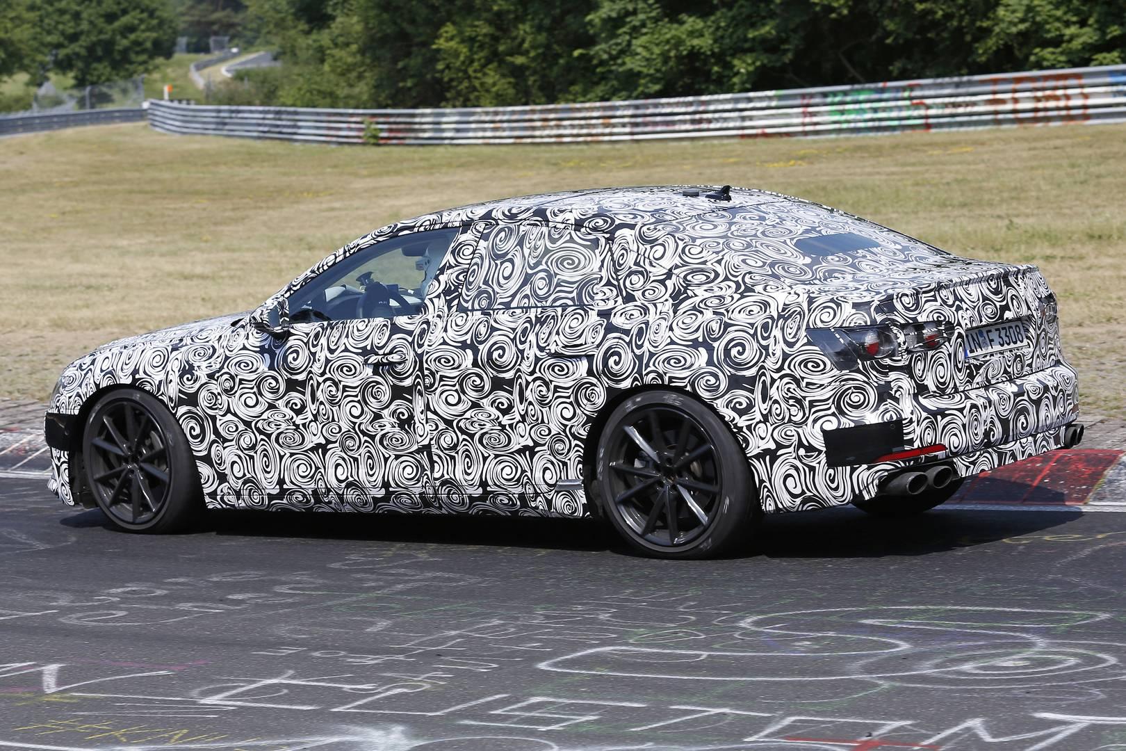 Нынешний S6 производит 450 л.с. от его 4-литрового твин турбо V8. Вероятно, эта цифра будет увеличиваться.