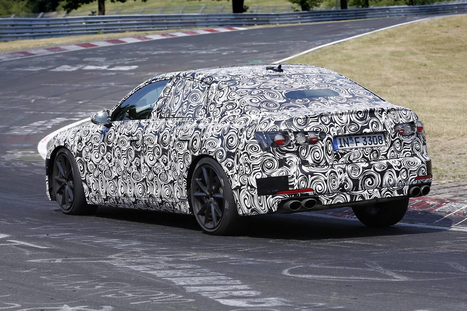 Только в этом году Audi сумел выжать 450 л.с. из 2,9-литрового Twin Turbo V6, который питает новый RS5, поэтому нас не удивит, что новый S6 получит тот же или аналогичных размеров двигатель. Будем надеяться, что у бренда все еще есть V8 для нового RS