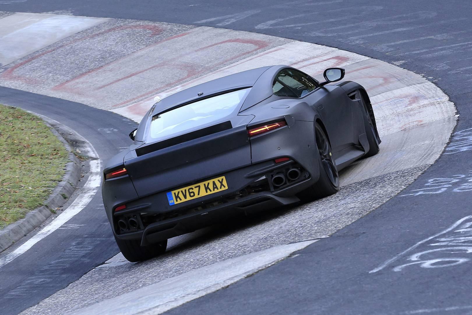 Мощность будет исходить от 5,2-литрового двухцилиндрового V12 Aston Martin, а не от V8, который, как ожидается, будет находиться в новом Vanquish и недавно представленном DB11. Двигатель рассчитан на 600 лошадиных сил в DB11, но будет поставлять знач