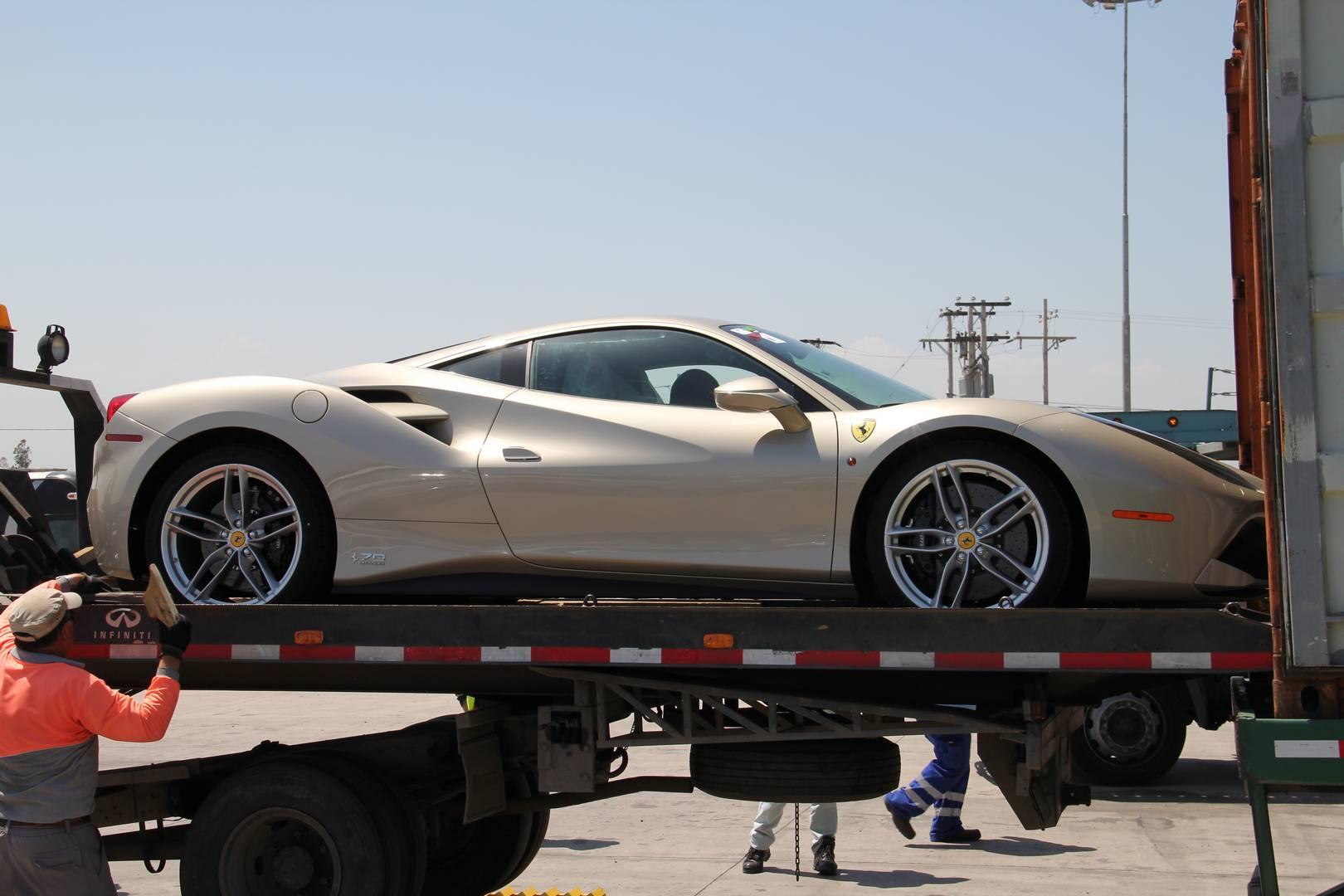 Коллекция в честь 70-летнего юбилея нацелена на самых важных клиентов Ferrari. Один такой клиент из Чили, и он поделился с нами своей историей.