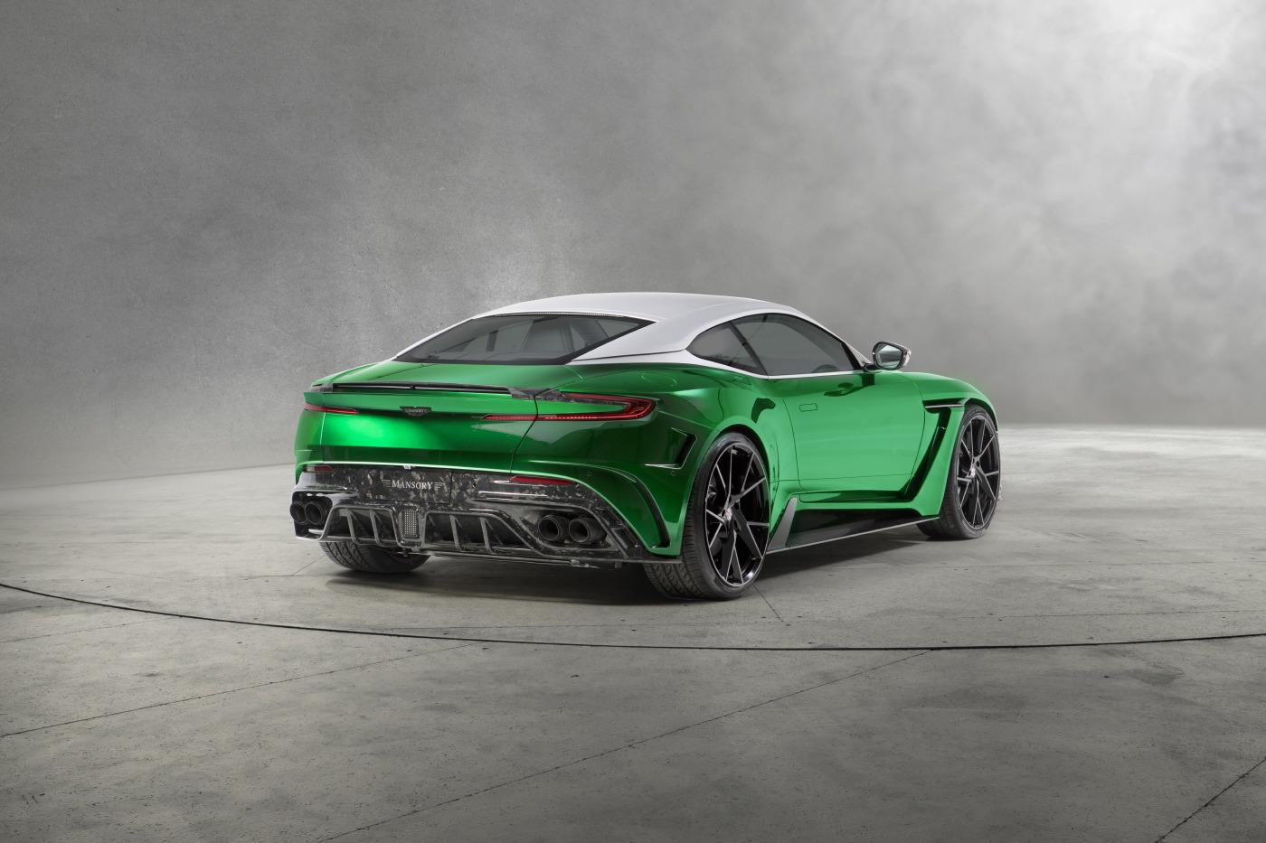 Mansory Cyrus построен на основе Aston-Martin DB11, но делает концепт-кар еще более уникальным.