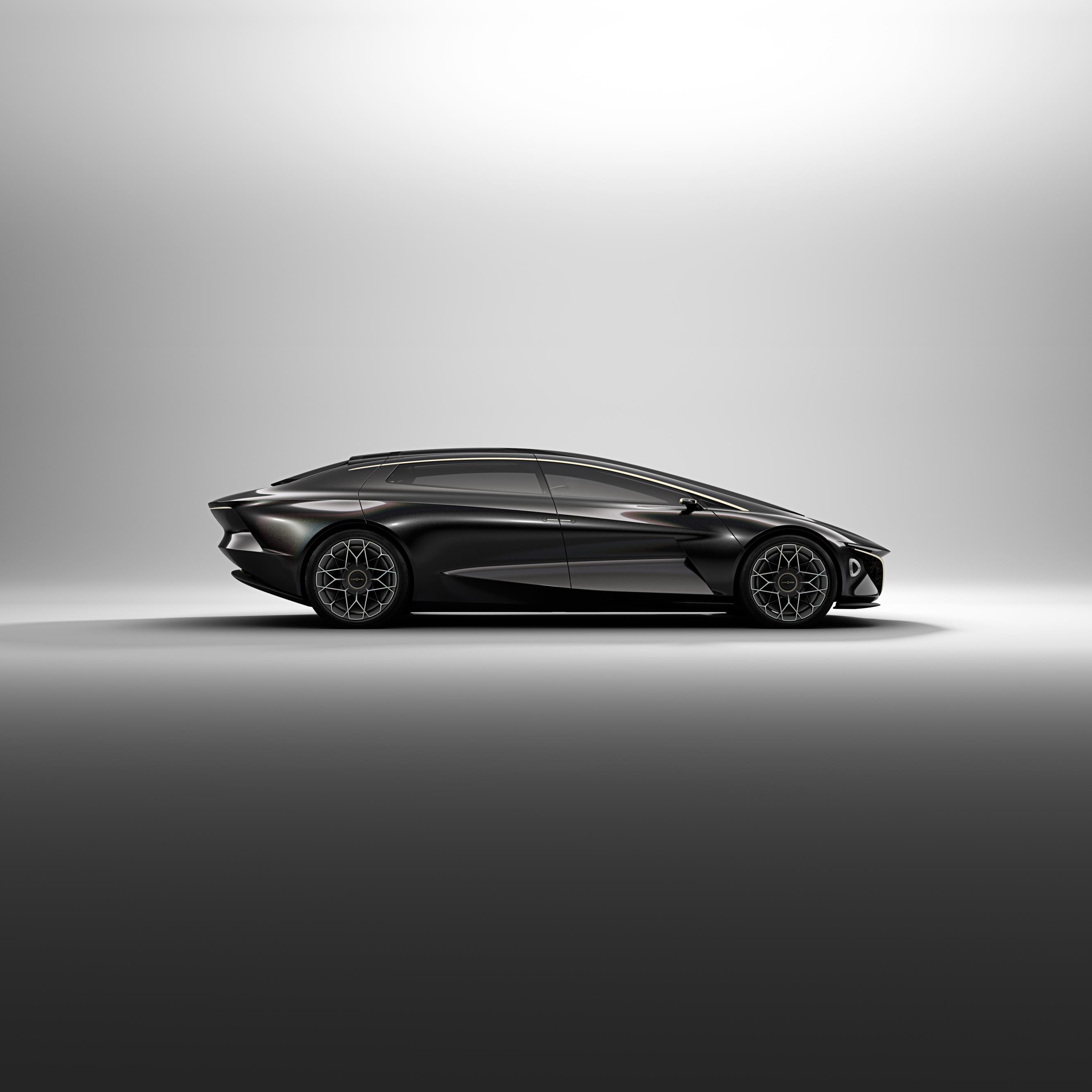 Мы считаем, что это справедливая оценка, судя по невысокому интересу к Lagonda Taraf. Aston Martin, однако, не отказались от него совсем, о чем свидетельствует их концепция Lagonda Vision, которая дебютировала на Женевском автосалоне 2018.