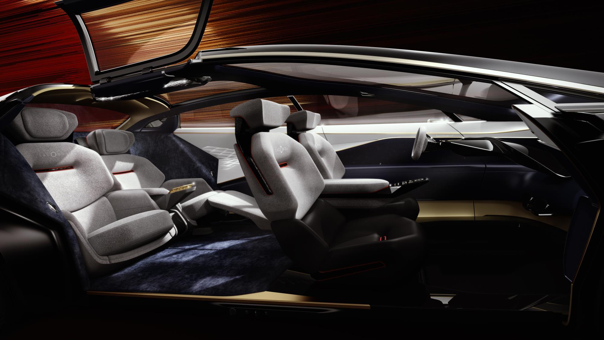 Концепция Vision - это не традиционный седан. Она намного более роскошная, низкая, а ее дизайн гораздо менее условный. Она вмещает четырех взрослых в свой роскошный и комфортный салон.