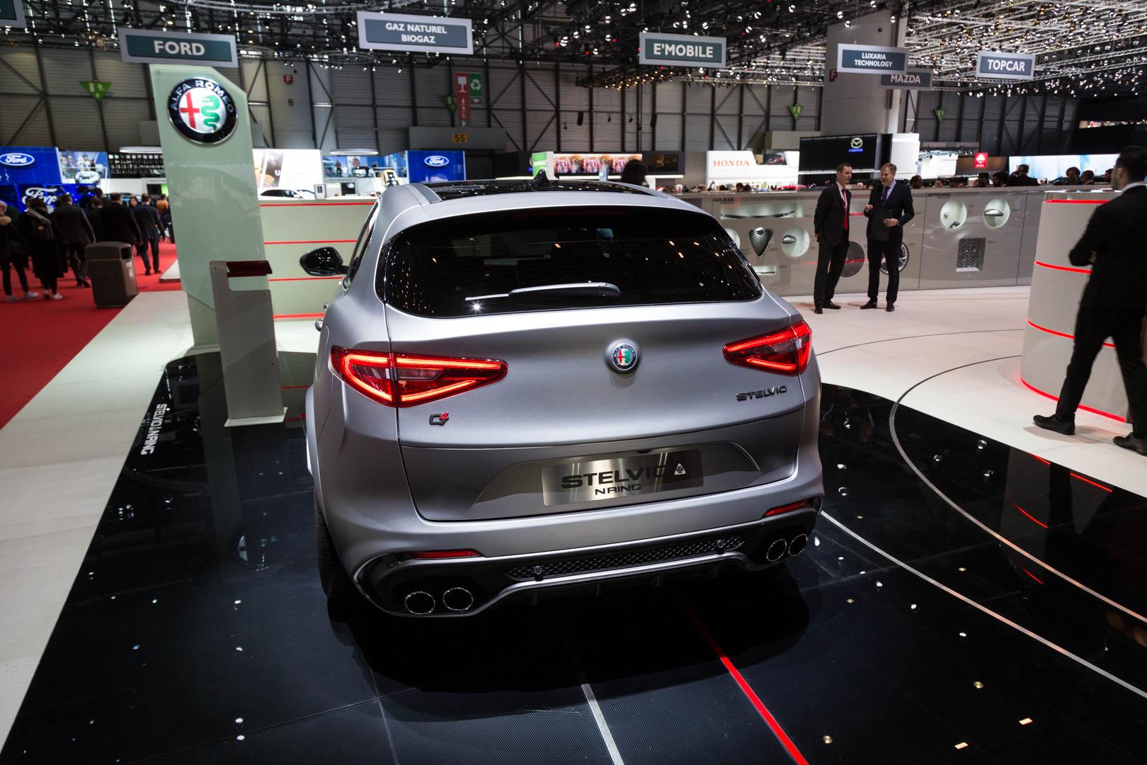 Alfa Romeo также предлагает аудиосистему Harmon Kardon для завершения пакета.