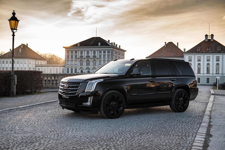 Большой и очень привлекательный Cadillac Escalade «Black Edition» - это машина для тех, кто знает, чего действительно хочет.