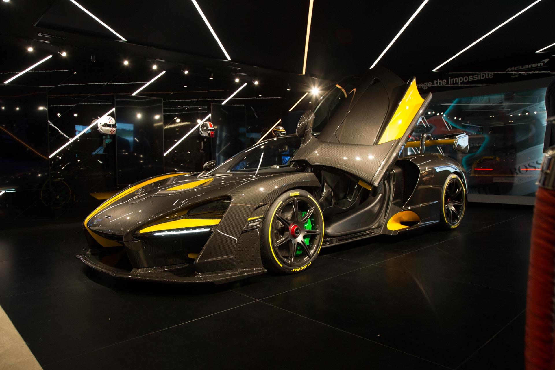 McLaren Senna Carbon Theme - один из главных автомобилей стенда McLaren в Женеве в этом году. McLaren впервые демонстрирует Senna публично, так как она официально дебютировала в конце прошлого года.