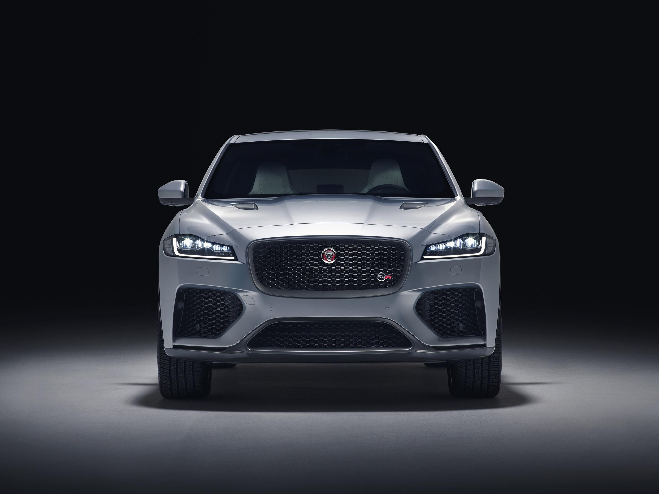 По словам Jaguar, это, безусловно, самый мощный и гибкий автомобиль, который они создали. И учитывая, что он разработан командой Special Vehicle Operations, мы склонны верить компании.