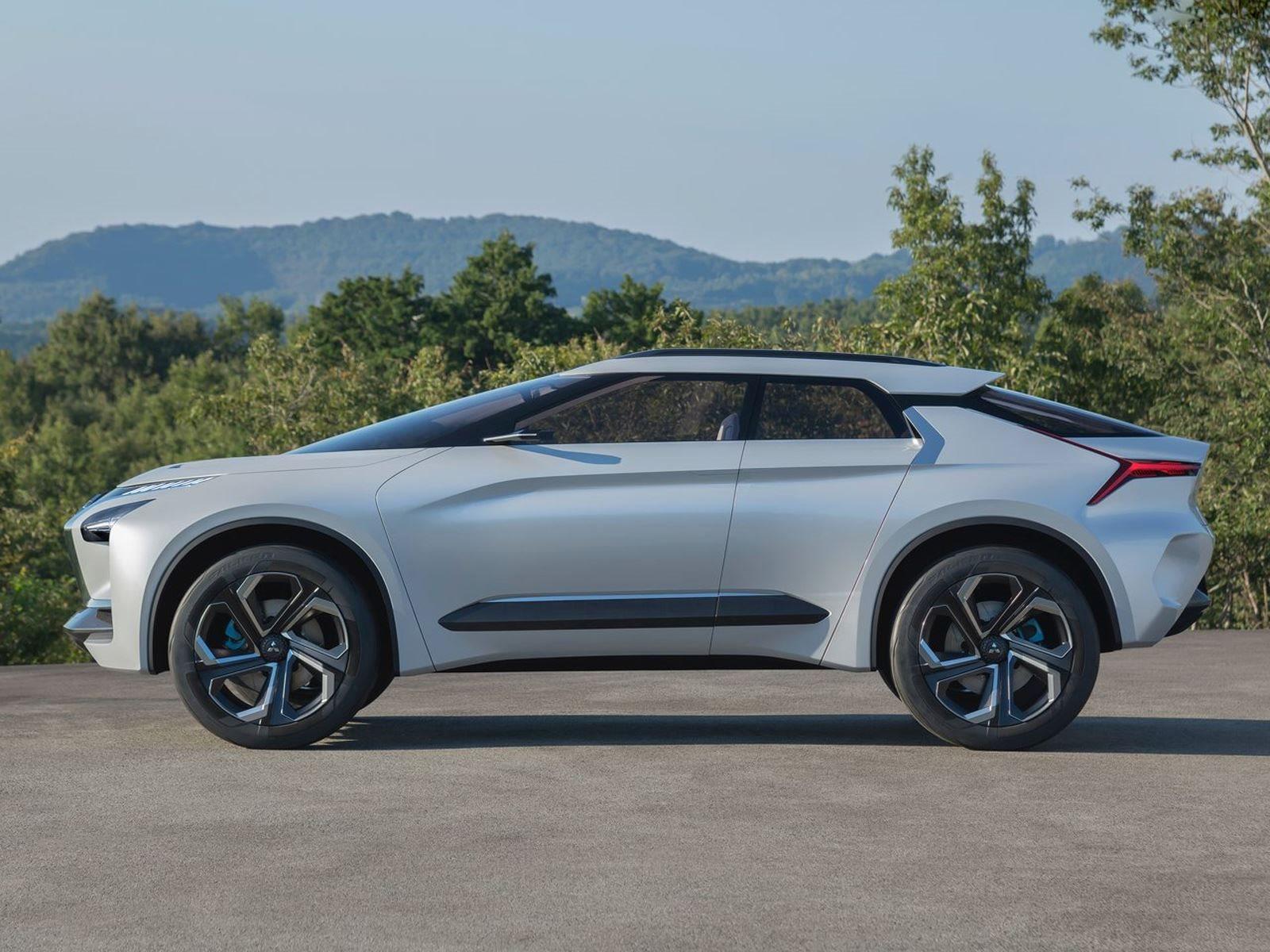 Одним из таких примеров будущего автомобиля Mitsubishi, является концепция e-Evolution.